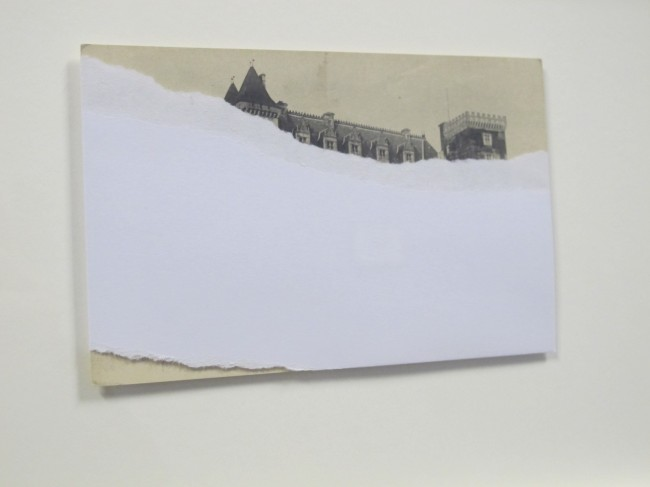 cyprien gaillard expo milan cartes postales chateaux