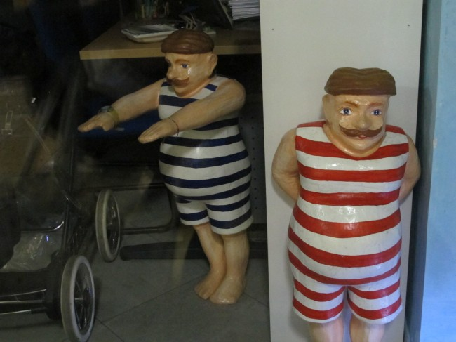figurines vintage nageurs