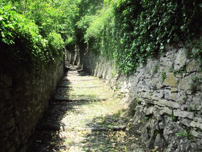 sentiero castello di vezio varenna
