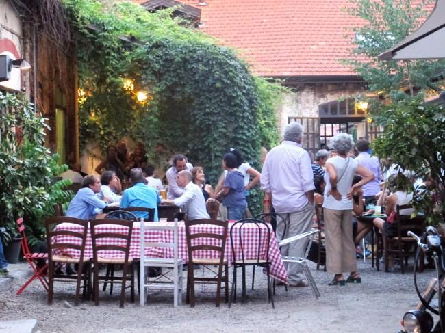 terrasse restaurant italie
