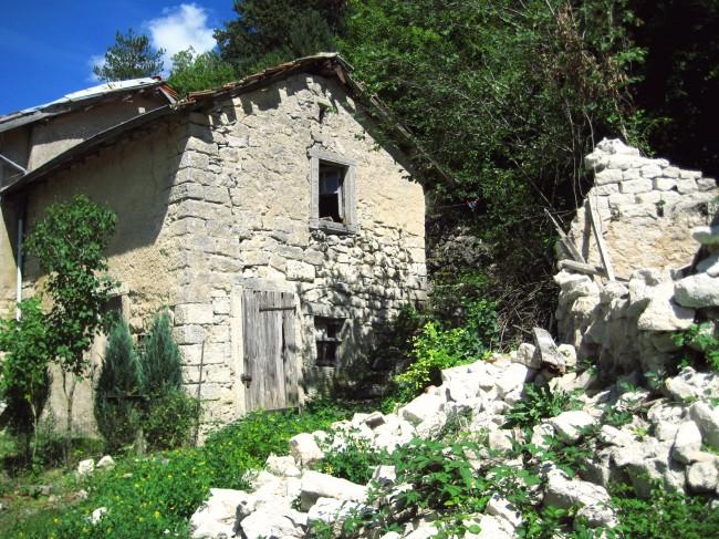 village ouvrier abandonné