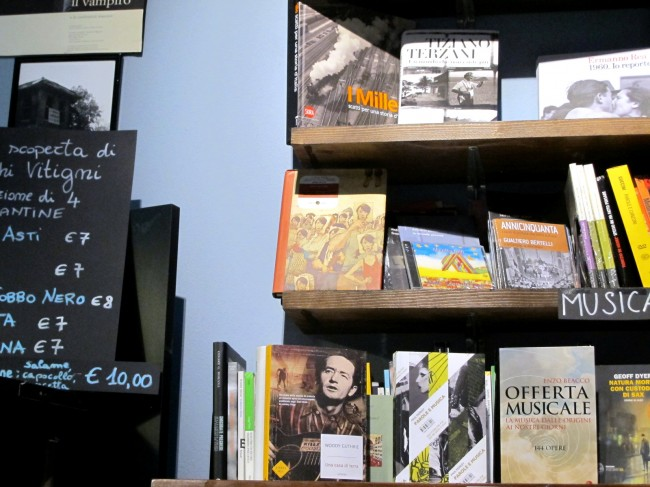 libreria mondo offeso milano