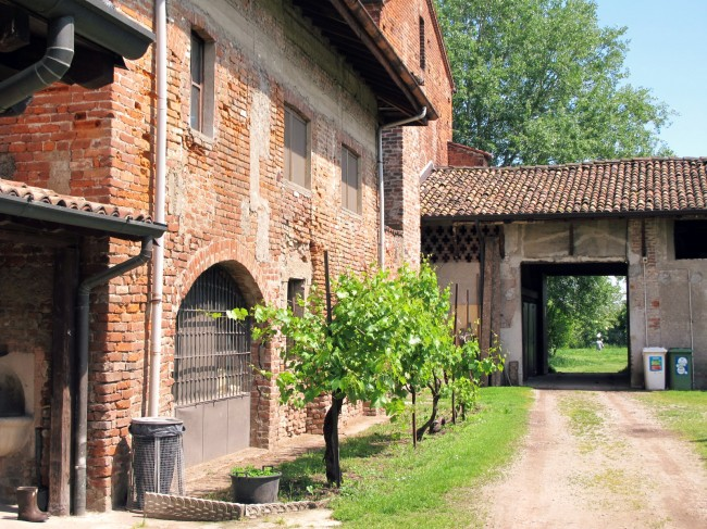 abbaye chiaravalle milan