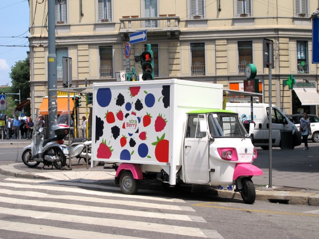 ambulant fruits rouges milan