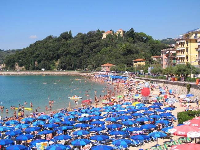 plage liguria italia