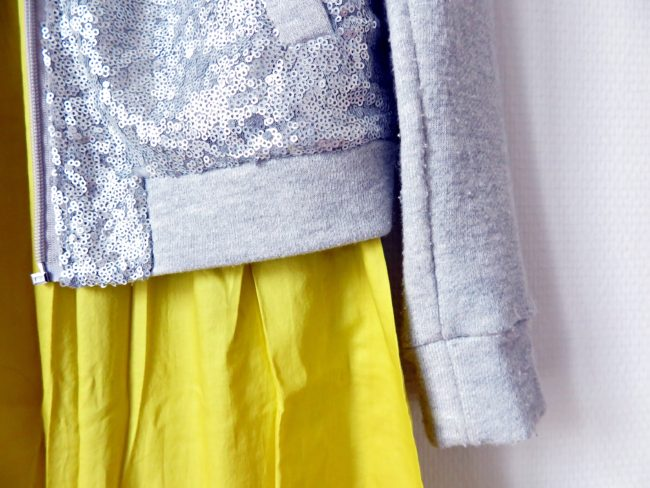 robe-jaune-sequins