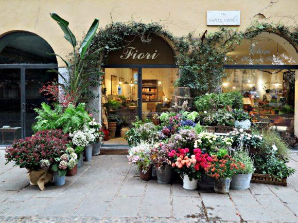 fleurs milan navigli